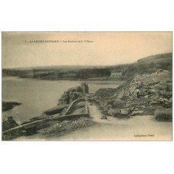 carte postale ancienne 56 LA ROCHE-BERNARD. Les Roches et la Vilaine avec Ouvriers 1921