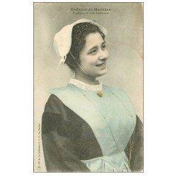 carte postale ancienne 56 LORIENT. Costume d'une Belle Lorientaise vers 1907