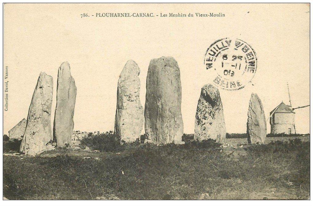 carte postale ancienne 56 PLOUHARNEL-CARNAC. Les Menhirs du Vieux Moulin 1909