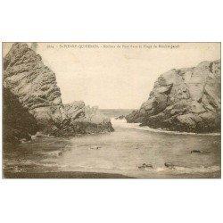 carte postale ancienne 56 SAINT-PIERRE-QUIBERON. rochers Port-Bara et Plage de Monhir-Jacob 1930