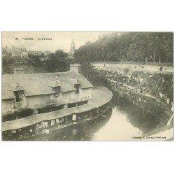 carte postale ancienne 56 VANNES. Laveuses bords de la Garenne