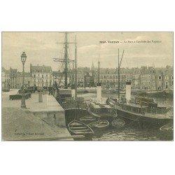 carte postale ancienne 56 VANNES. Le Port arrivée des Vapeurs 1915