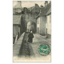 carte postale ancienne 56 VANNES. Porte de la Poterne 1916