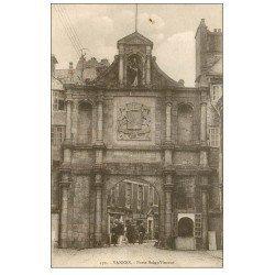 carte postale ancienne 56 VANNES. Porte Saint-Vincent. Café de la Marine et Laiterie