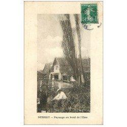 carte postale ancienne 27 BERNAY. Pêcheur d'Ecrevisses au bord de l'eau 1909 près Petite Ecluse