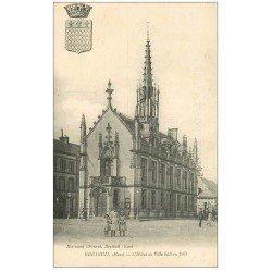 carte postale ancienne 27 BRETEUIL. Hôtel de Ville 1930