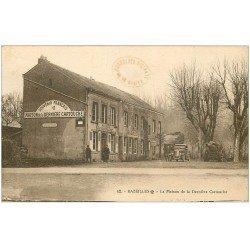 carte postale ancienne 08 BAZEILLES. La Maison de la Dernière Cartouche. Canon et Camionnette anciens. Musée