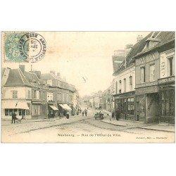 carte postale ancienne 27 LE NEUBOURG. Rue Hôtel de Ville 1905 Pâtisserie et Serrurerie