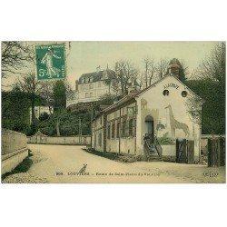 carte postale ancienne 27 LOUVIERS. Café A la Girafe Route de Saint-Pierre-du-Vauvray 1907 animation