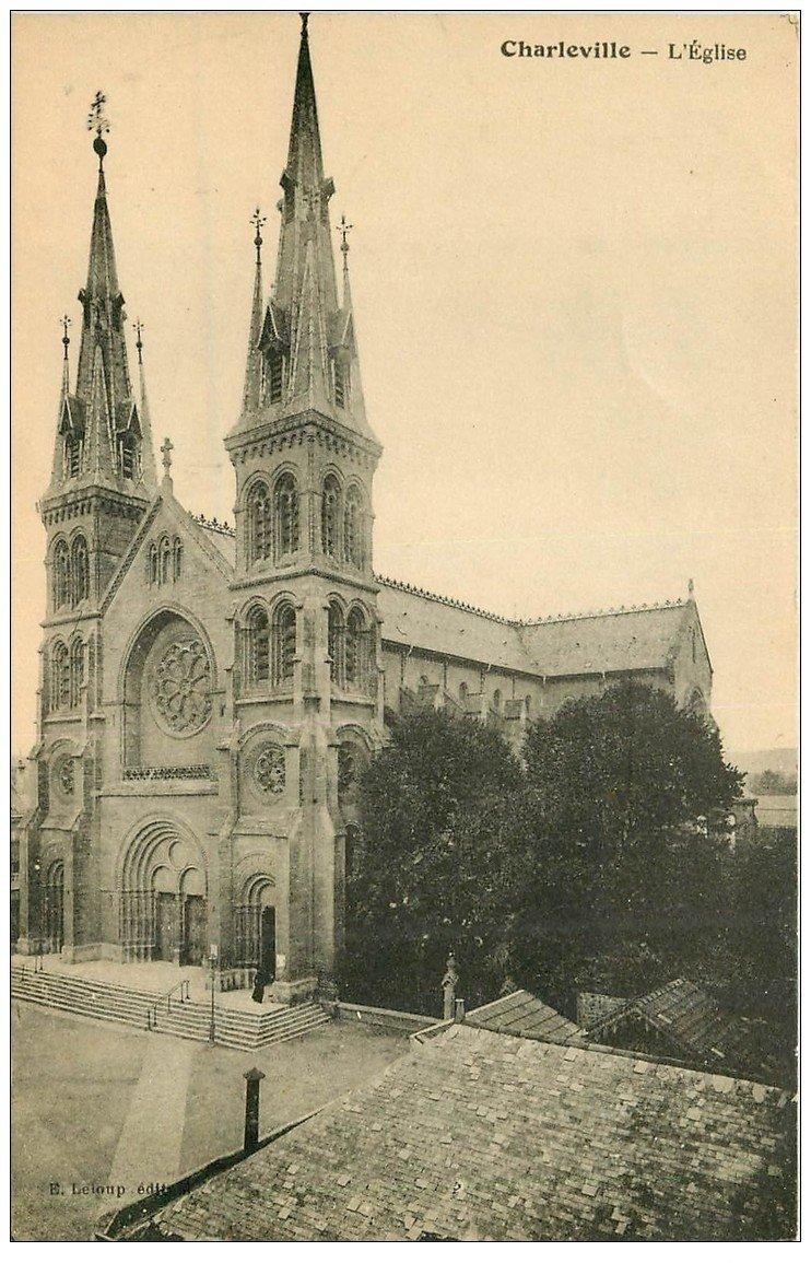 carte postale ancienne 08 CHARLEVILLE. L'Eglise 1928