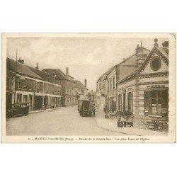 carte postale ancienne 27 MARCILLY-SUR-EURE. Grande Rue dépositaire Citroën et Essence Azur. BYRRH sur volets