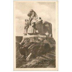 carte postale ancienne 08 CHATEAU-REGNAULT BOGNY. Monument des 4 Fils Aymon