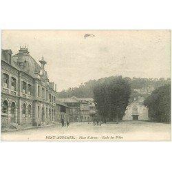 carte postale ancienne 27 PONT-AUDEMER. Ecole Filles Place Armes 1920