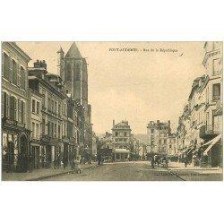 carte postale ancienne 27 PONT-AUDEMER. Rue de la République