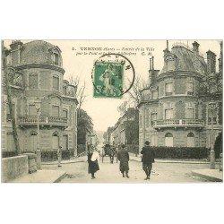carte postale ancienne 27 VERNON. Entrée par Pont et Rue Albuféra 1912