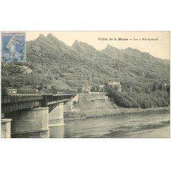 carte postale ancienne 08 Les 4 Fils Aymond. Le Pont 1930
