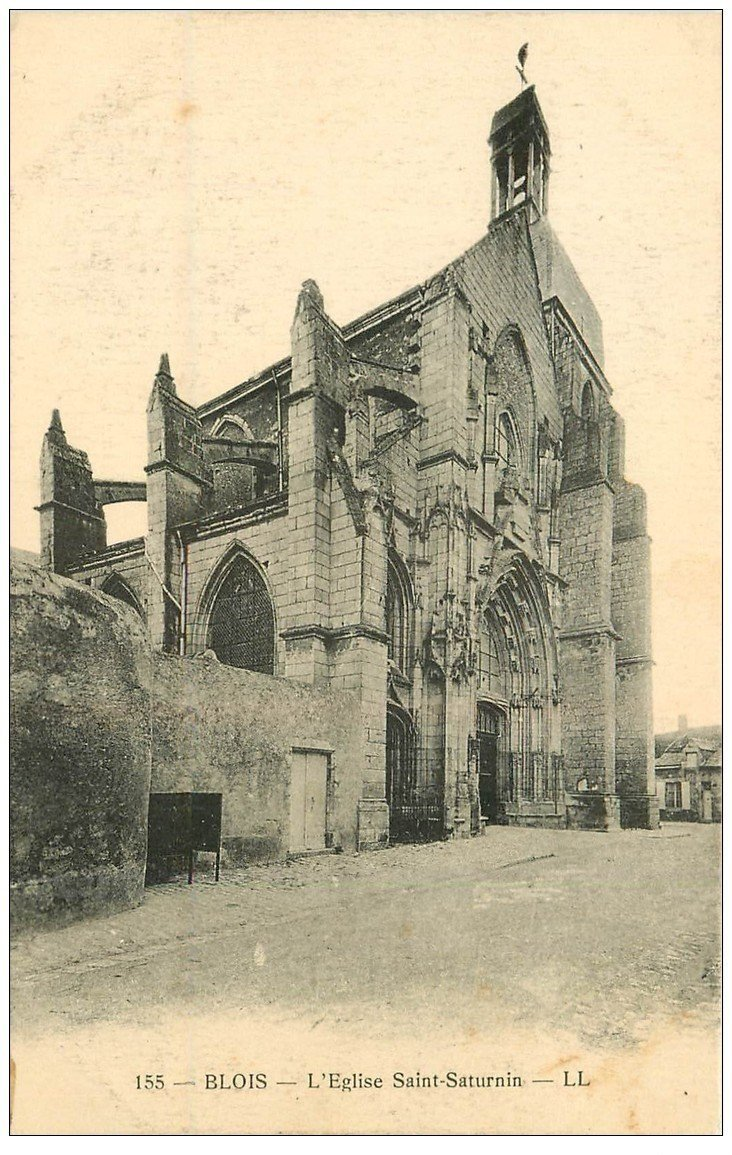 carte postale ancienne 41 BLOIS. Eglise Saint-Saturnin
