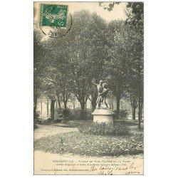 carte postale ancienne 08 MEZIERES. Combat du Coq Square de la Gare 1907