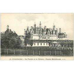 carte postale ancienne 41 CHAMBORD. Le Château. Prairie