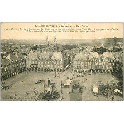carte postale ancienne 08 MEZIERES. Place Ducale. Préparatifs du Marché et Pharmacie Harlay