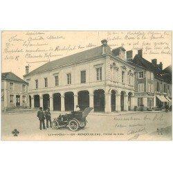 carte postale ancienne 41 MONDOUBLEAU. Voiture Didot Hôtel de Ville 1914. Café des Halles