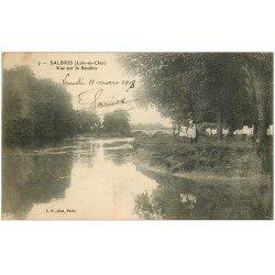 carte postale ancienne 41 SALBRIS. Animation bords de la Sauldre 1918