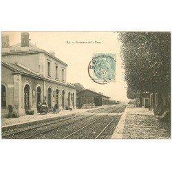 carte postale ancienne 51 AY EN CHAMPAGNE. Intérieur de la Gare 1906