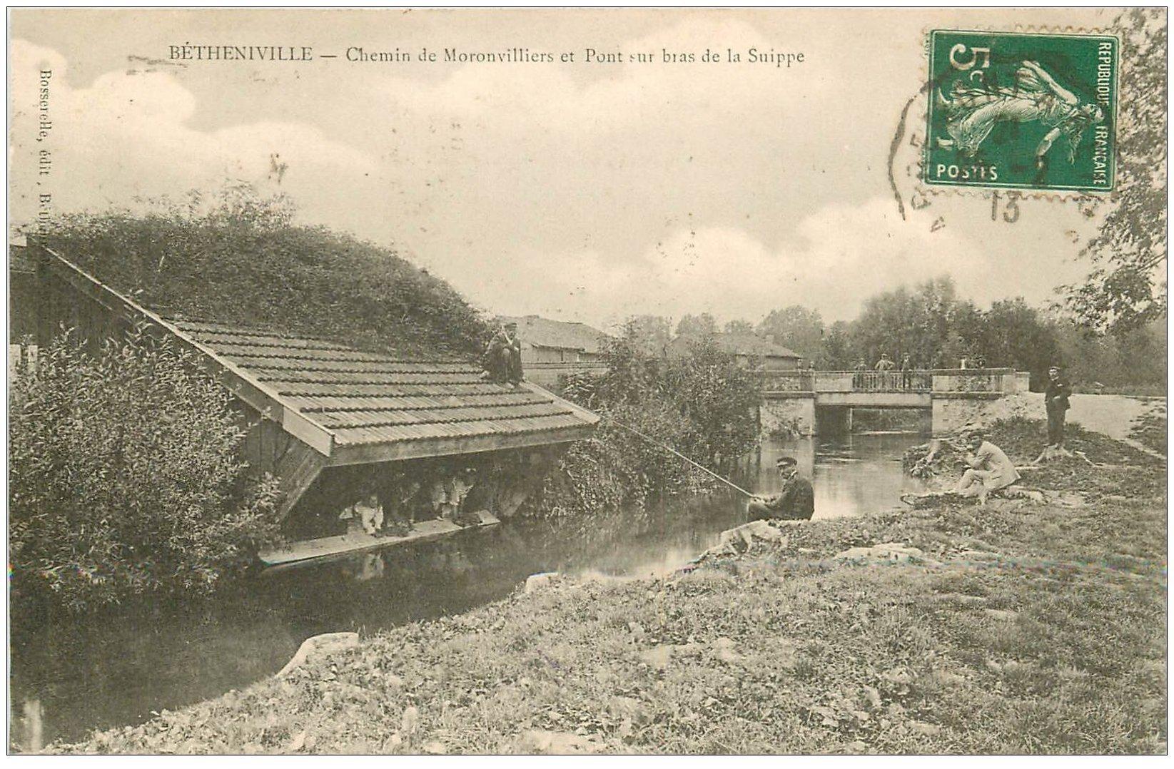 carte postale ancienne 51 BETHENIVILLE. Chemin de Moronvilliers. Pêcheurs et Lavandières 1913