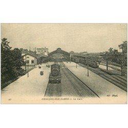 carte postale ancienne 51 CHALONS-SUR-MARNE. La Gare 1915 Trains et Locomotive