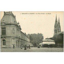 carte postale ancienne 51 CHALONS-SUR-MARNE. Musée Place Godart