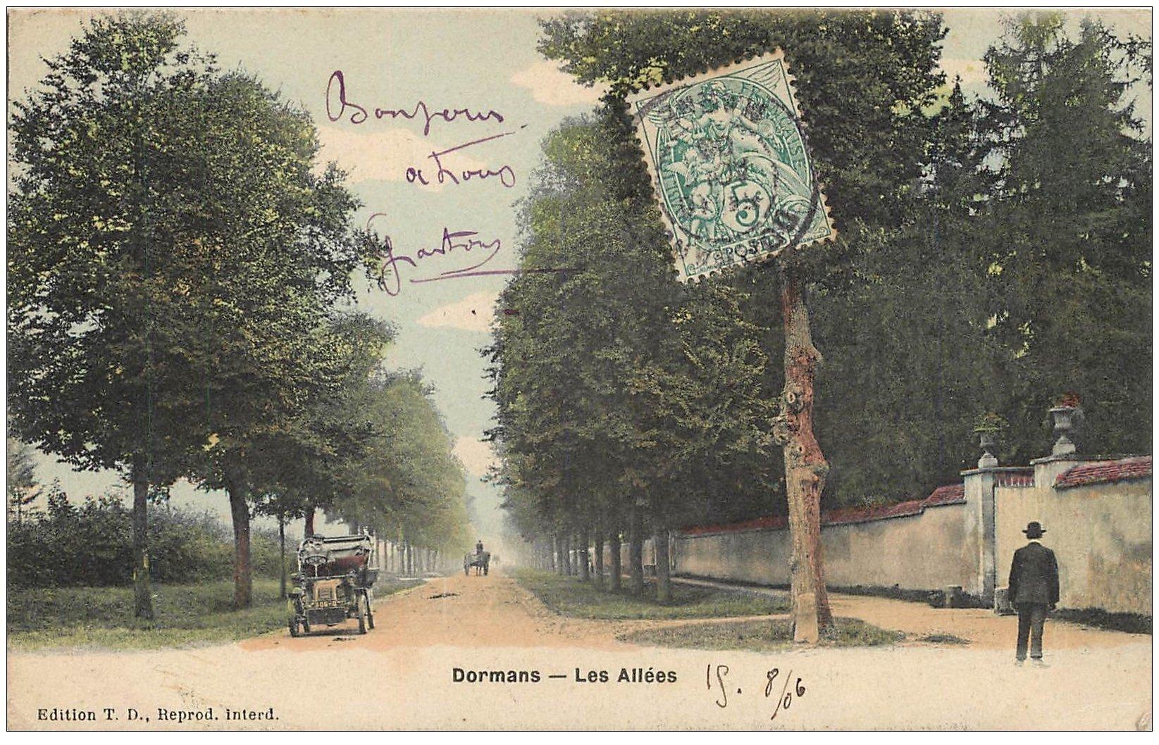 carte postale ancienne 51 DORMANS. Voiture Tacot sur les Allées 1906