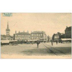 carte postale ancienne 51 EPERNAY. Le Marchée Place République 1906