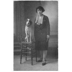 carte postale ancienne 51 EPERNAY. Lina 26 ans et son Chien. Carte Photo Modern 28 rue de Reims