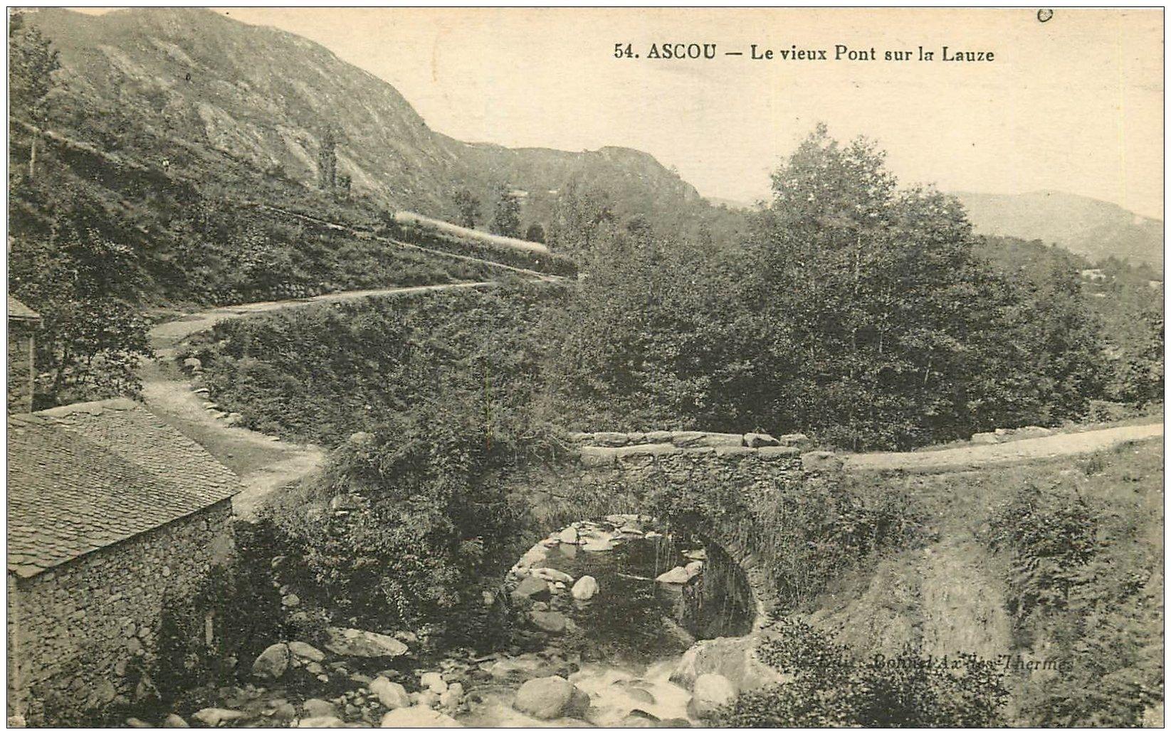 carte postale ancienne 09 ASCOU. Vieux Pont sur la Lauze