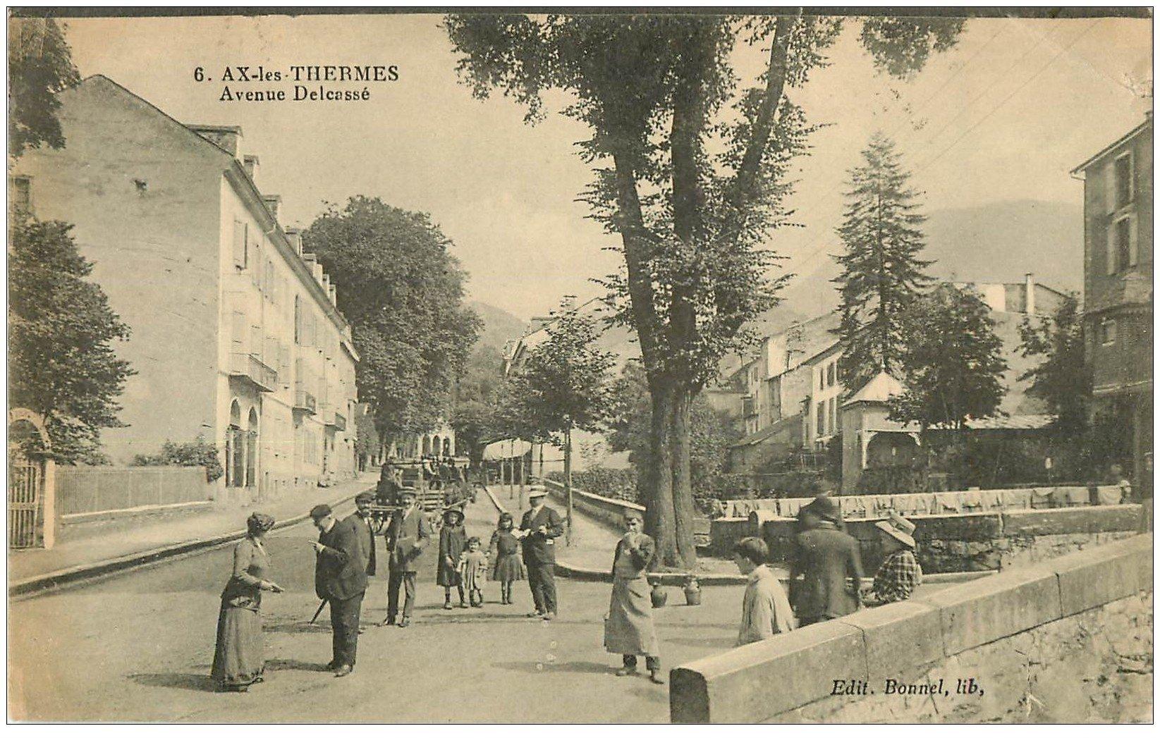 carte postale ancienne 09 AX-LES-THERMES. Avenue Delcassé 1923