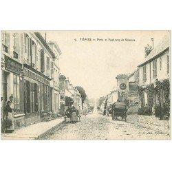 carte postale ancienne 51 FISMES. Porte et Faubourg de Soissons Hôtel Café Veron