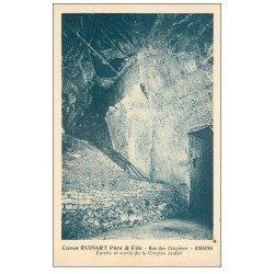 carte postale ancienne 51 REIMS. Champagne Caves Ruinart rue des Crayères. André entrée sortie