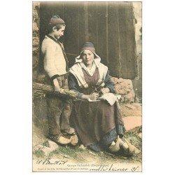 carte postale ancienne 09 Groupe Bethmalais 1904. Fileuse et Tricoteuse avec sabots