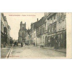 carte postale ancienne 51 VITRY-LE-FRANCOIS. Eglise Rue du Pont et Grand Bazar