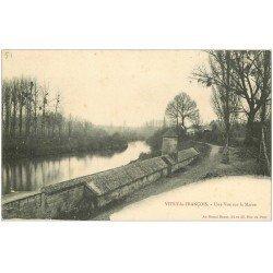 carte postale ancienne 51 VITRY-LE-FRANCOIS. La Marne