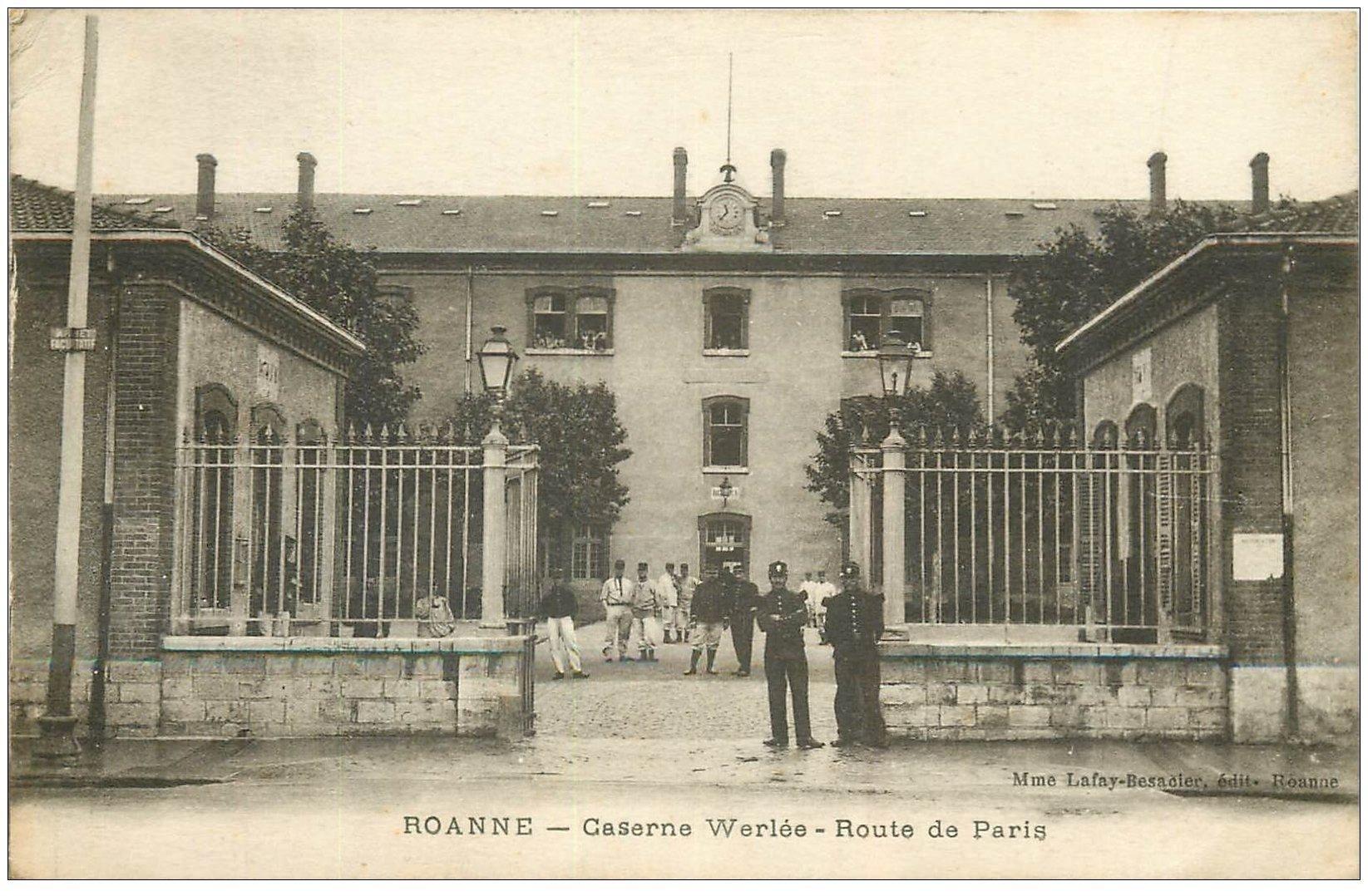 carte postale ancienne 42 ROANNE. Caserne Werlée Route de Paris. Militaires