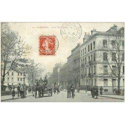carte postale ancienne 42 SAINT-ETIENNE. Cour Victor-Hugo 1910. Attelage Volaillier