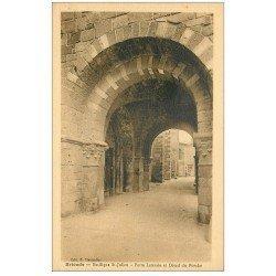 carte postale ancienne 43 BRIOUDE. Porte et Porche Basilique Saint-Julien