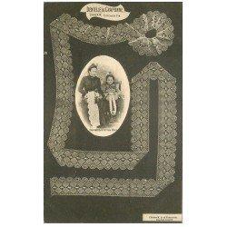 carte postale ancienne 43 DENTELLE DE CRAPONNE. Dentellière et son Elève vers 1900