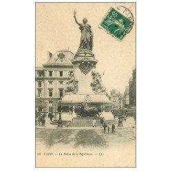 carte postale ancienne 75 PARIS 10. Place de la République 1910 et son Lion