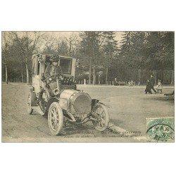 carte postale ancienne 75 PARIS NOUVEAU. Les Femmes du Monde Chauffeur conduisant un Landaulet 1907.