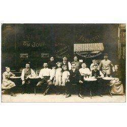 carte postale ancienne 75 PARIS XI°. L'heure de l'Absinthe Café à l'Industriel 13 Rue Boulet. Superbe et Rare Carte Photo