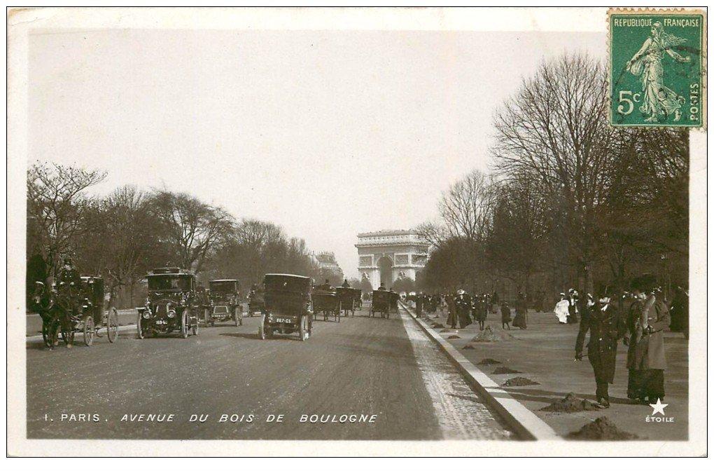 PARIS 16. Fiacres et Taxis Avenue Foch. Carte Photo émaillographie vers 1909