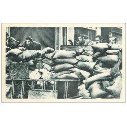 PARIS. La Libération de Paris par les F.F.I aux Barricades. Guerre 1945
