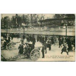 carte postale ancienne PARIS 01. Avions et Canons aux Tuileries